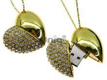 Флешка Uniq USB 2.0 СЕРДЦЕ КРАСАВИЦЫ Золото110кам. U-821 63.5гр. 42х38х18мм Водонепр. 4GB (04C14187U2)