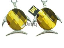 Флешка Uniq USB 2.0 РЫБА Скалярия серебро,опал,желтая 32гр 4GB (04C14654U2)