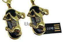 Флешка Uniq USB 2.0 ZODIAK МЕЧТА Овен черный / золото (Aries) 4GB (04C14752U2)