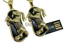 Флешка Uniq USB 2.0 ZODIAK МЕЧТА Козерог черный / золото (Capricorn) 4GB (04C14753U2)