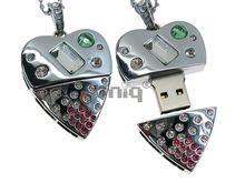 Флешка Uniq USB 2.0 СЕРДЦЕ ТЕХНО-ГЛАМУР серебро, кулон 30кам. 31гр 4GB (04C14790U2)