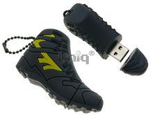 Флешка Uniq USB 2.0 КРОССОВОК серый с желт. 21гр. водонепрониц. + брелок Резина 4GB (04C14887U2)