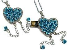 Флешка Uniq USB 2.0 СЕРДЦЕ ИЗ РОЗ, цепочки, голубое, инкруст.96кам. Водонепр. 4GB (04C17156U2)