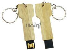 Флешка Uniq USB 2.0 НАТУР ДЕРЕВО Ключ большой брелок 4GB (04C17255U2)