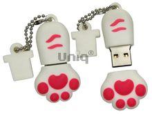 Флешка Uniq USB 2.0 ЛАПКА КОШКИ белая 4GB (04C35040U2)
